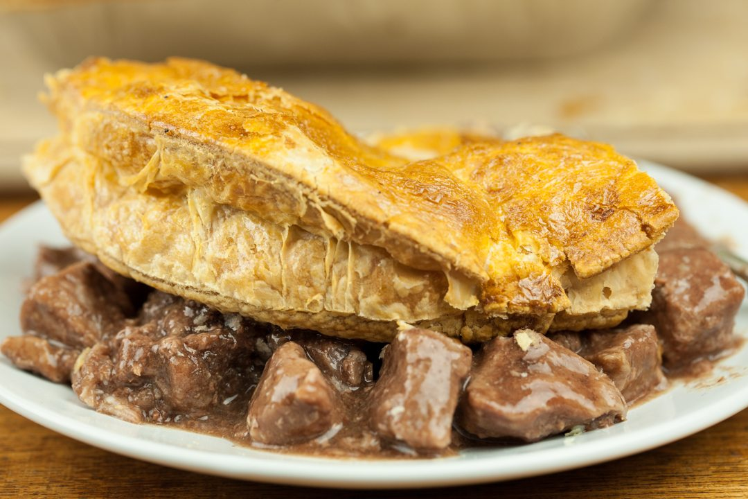 Medium Steak Pie GF (serves 3) | Henderson Fine Food Co ...